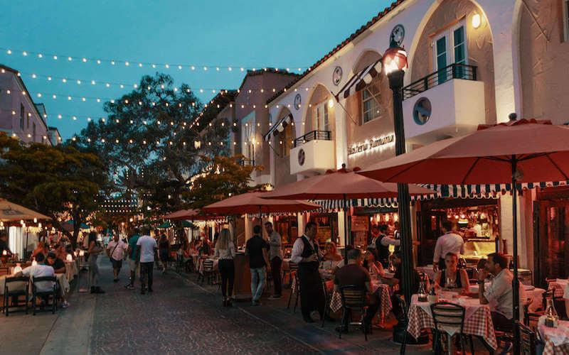 10 traços do Art Deco District em Miami: Española Way