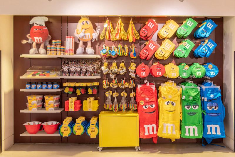 Loja M&M's na Disney Springs em Orlando: produtos