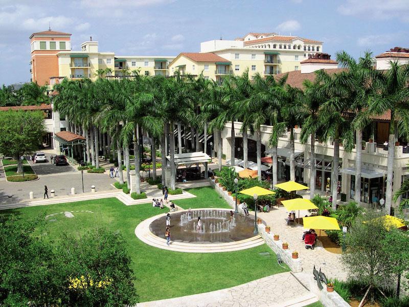 Shopping Village of Merrick Park em Coral Gables: espaço a céu aberto