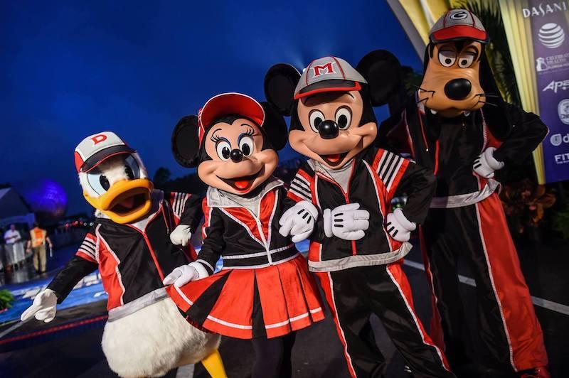 Como funciona o Club runDisney em Orlando: personagens da Disney