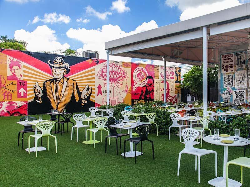 Restaurante Wynwood Kitchen & Bar em Miami: área externa