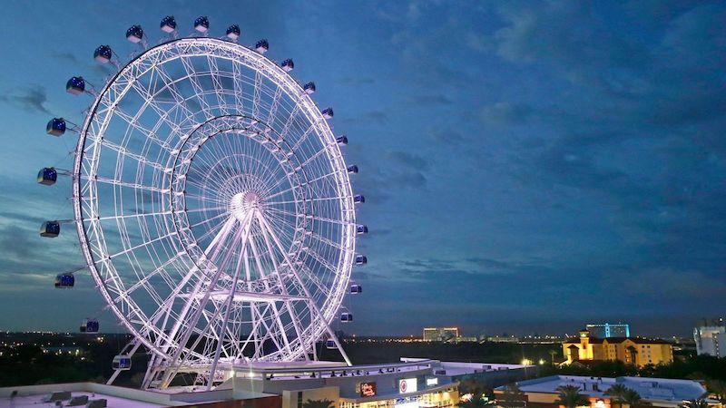 Paisagem da roda-gigante The Wheel em Orlando