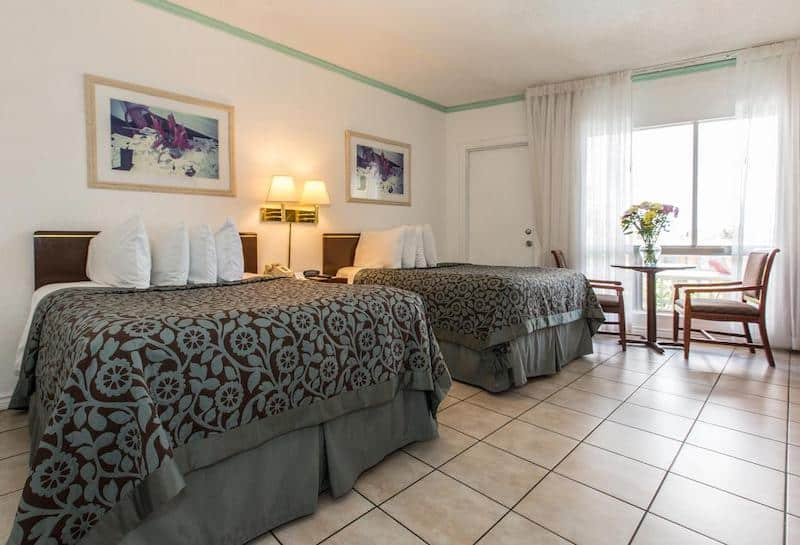 Quarto do Days Hotel Thunderbird Miami Beach Resort