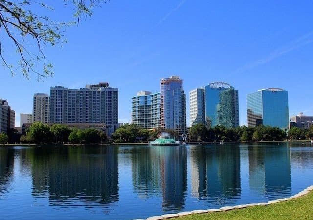 Vista do Lake Eola em Orlando