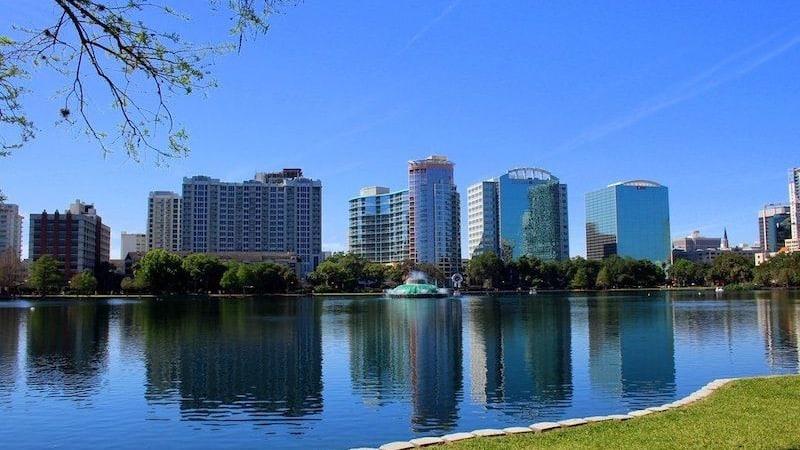 Vista do Lake Eola em Orlando