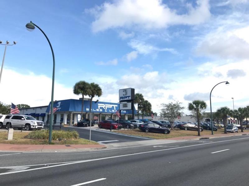 Concessionária brasileira RPT Sales em Orlando
