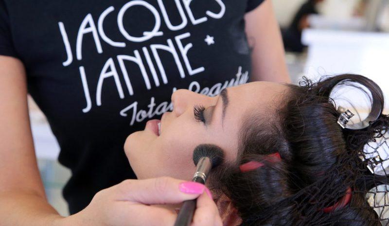 Maquiagem no salão Jacques Janine em Orlando