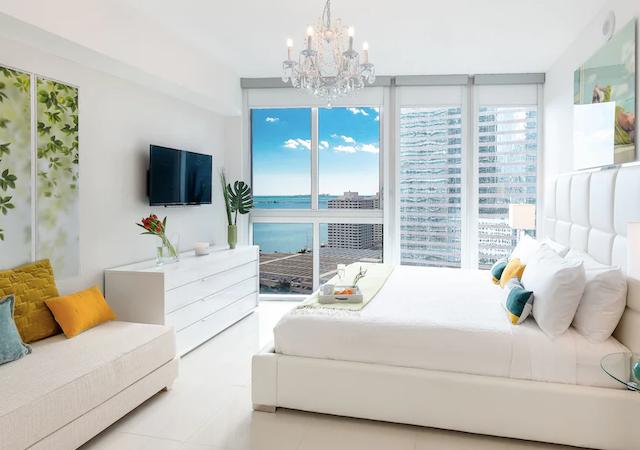 Quarto do apartamento de temporada em Miami