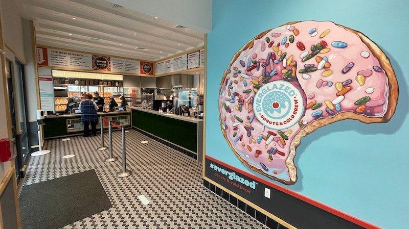 Entrada da Everglazed Donuts & Cold Brew na Disney Springs Orlando