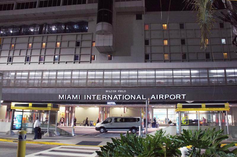 Entrada do Aeroporto de Miami