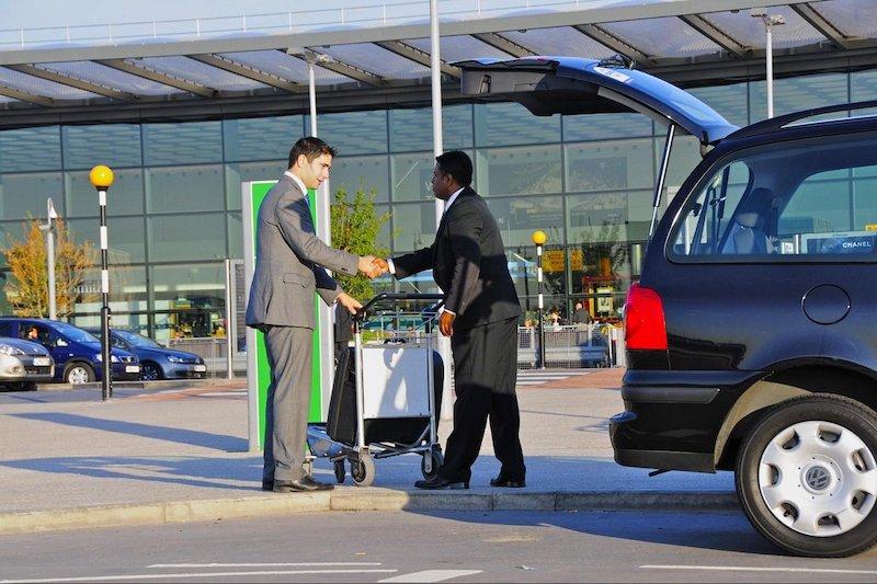 Serviço de transfer no aeroporto