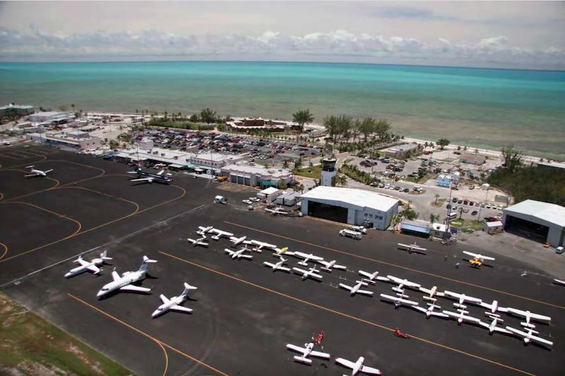 Aviões no aeroporto de Key West