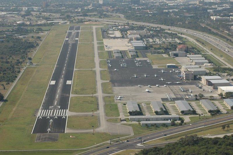Vista do aeroporto de Boca Raton
